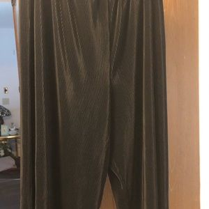 🔥 size 22 Kathy D Beautiful pants 36 inches long